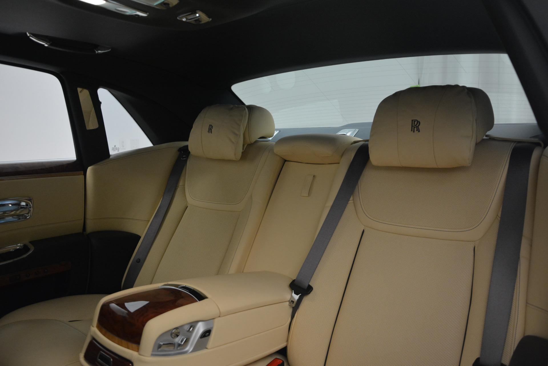 Used 2016 Rolls-Royce Ghost EWB For Sale In Greenwich, CT 746_p29