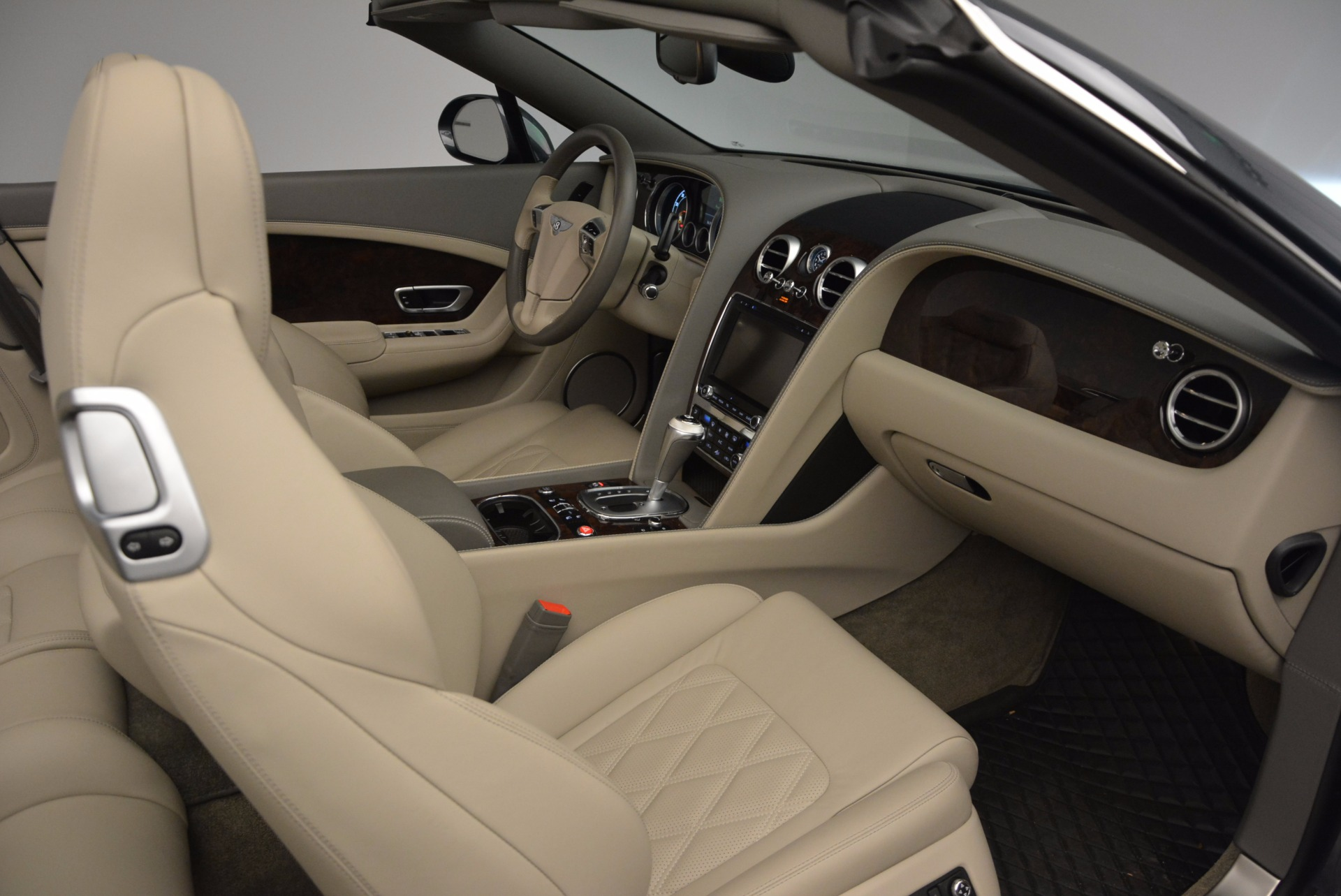 Used 2014 Bentley Continental GT V8 For Sale In Greenwich, CT 753_p51