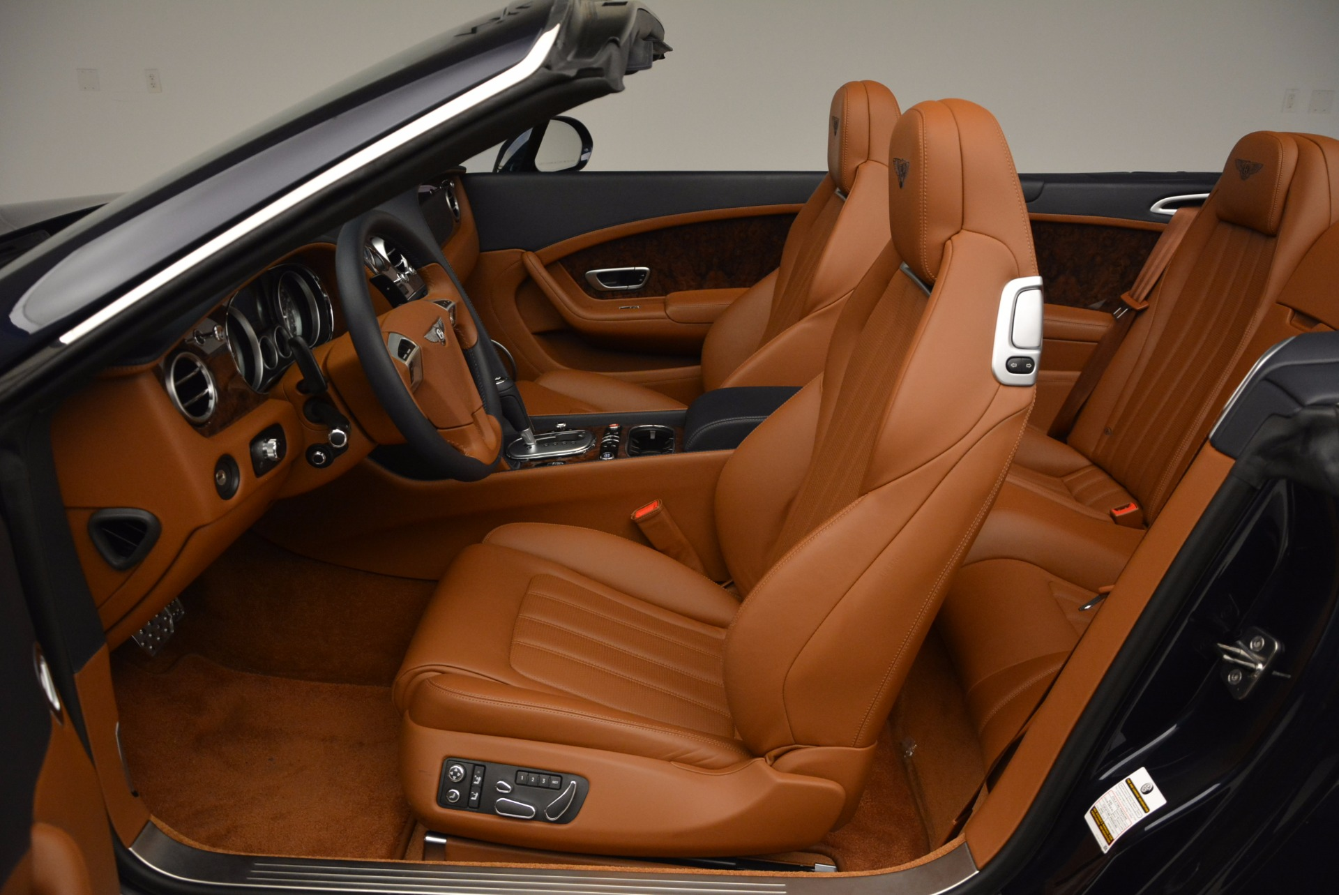 Used 2014 Bentley Continental GT V8 For Sale In Greenwich, CT 754_p34