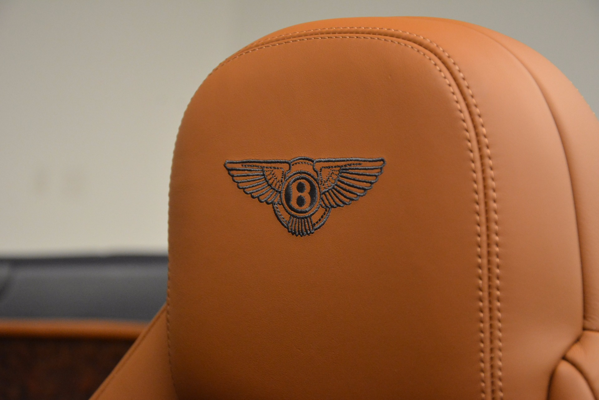 Used 2014 Bentley Continental GT V8 For Sale In Greenwich, CT 754_p36