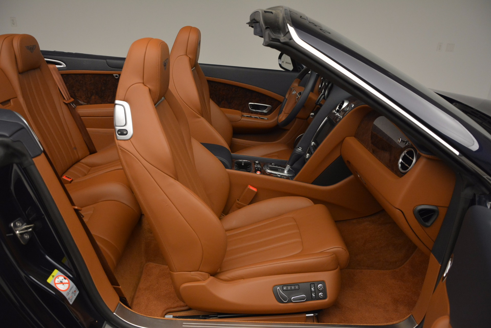 Used 2014 Bentley Continental GT V8 For Sale In Greenwich, CT 754_p43
