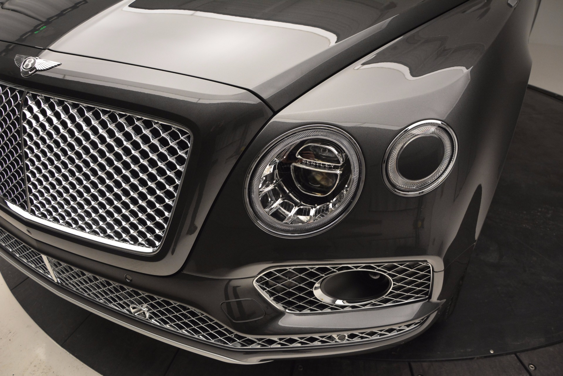 New 2017 Bentley Bentayga  For Sale In Greenwich, CT 755_p14