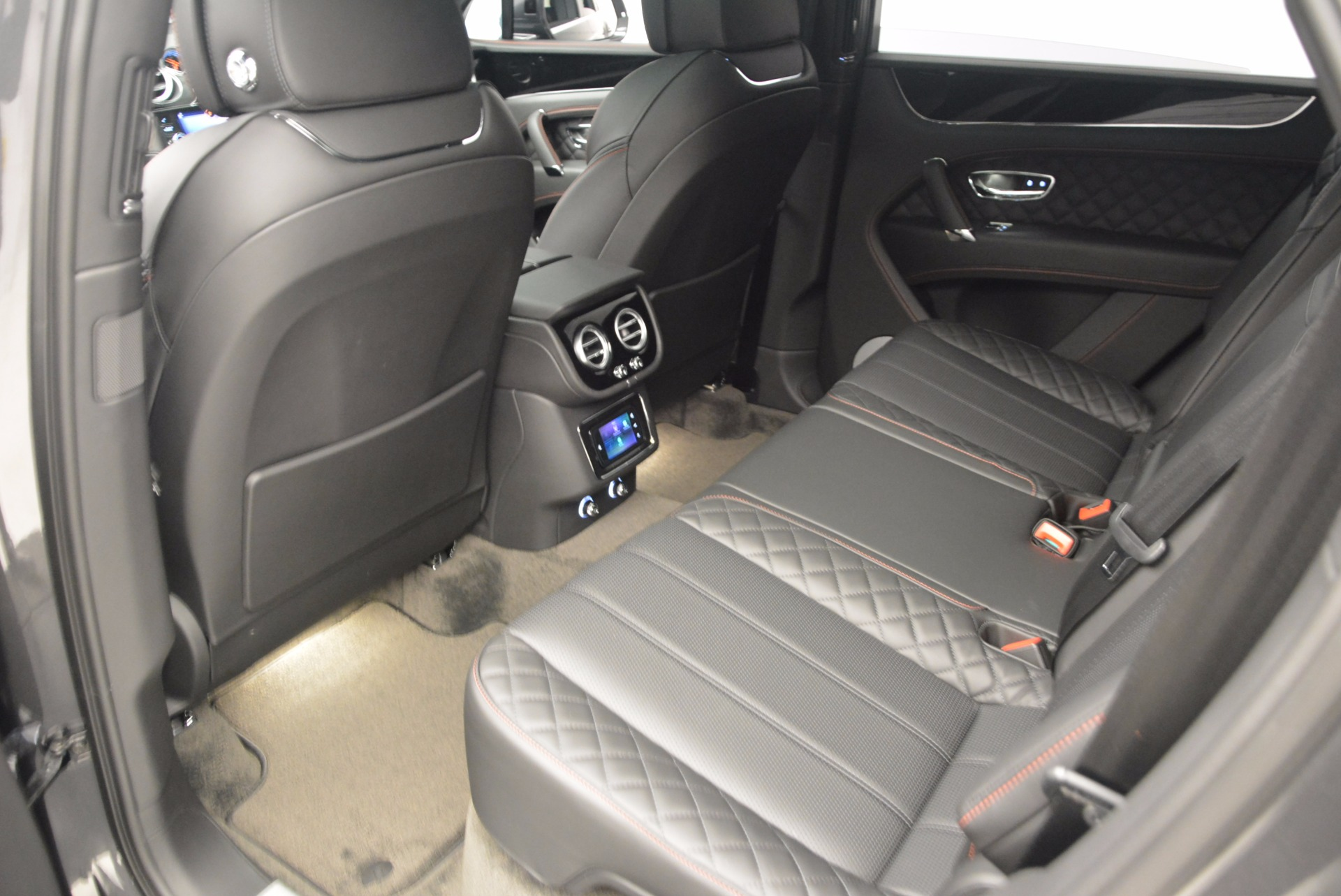 New 2017 Bentley Bentayga  For Sale In Greenwich, CT 755_p35
