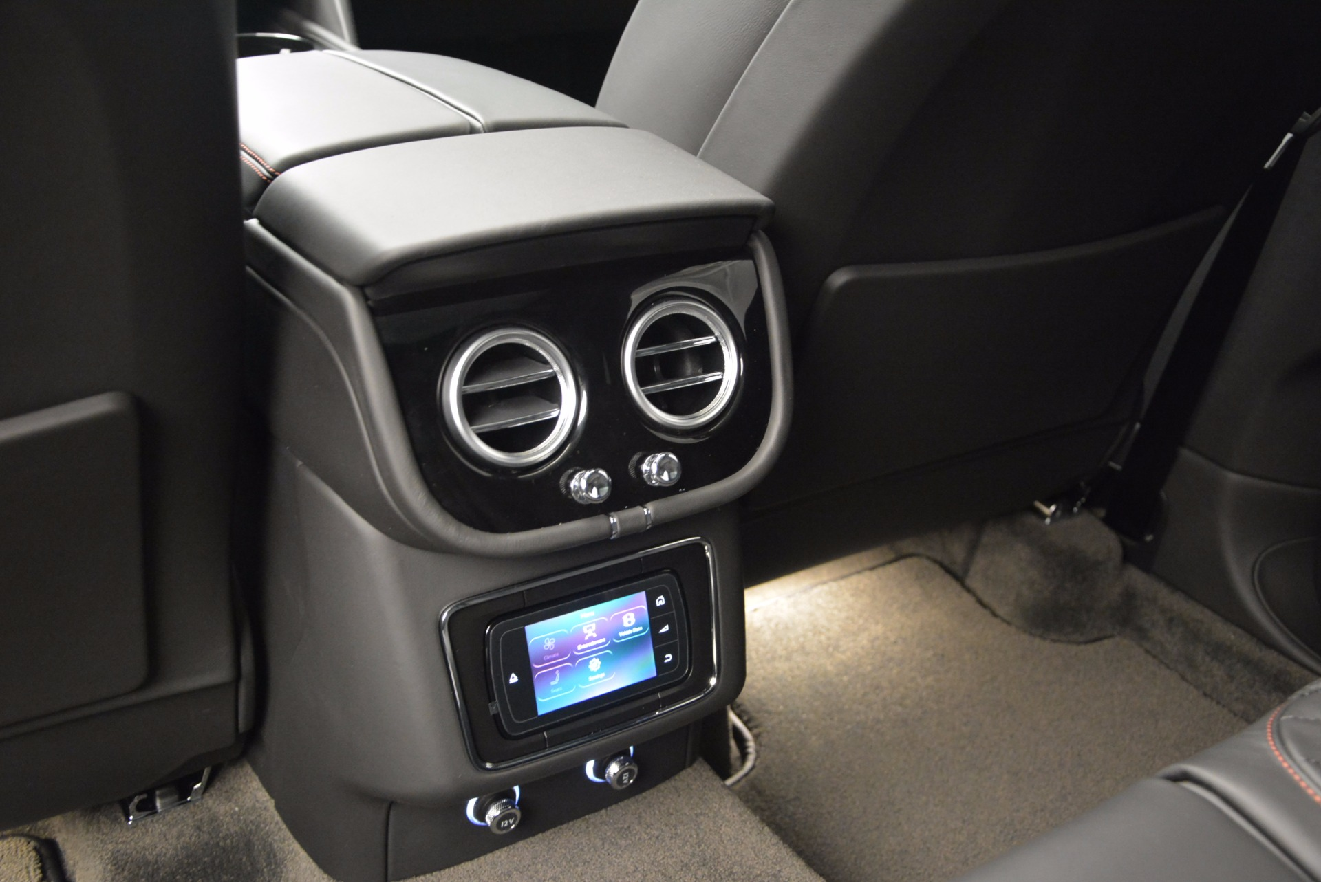 New 2017 Bentley Bentayga  For Sale In Greenwich, CT 755_p36