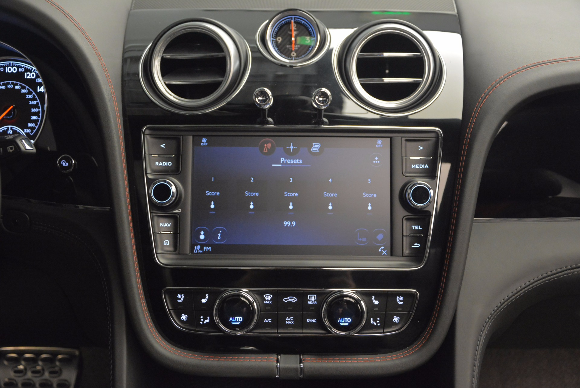 New 2017 Bentley Bentayga  For Sale In Greenwich, CT 755_p39