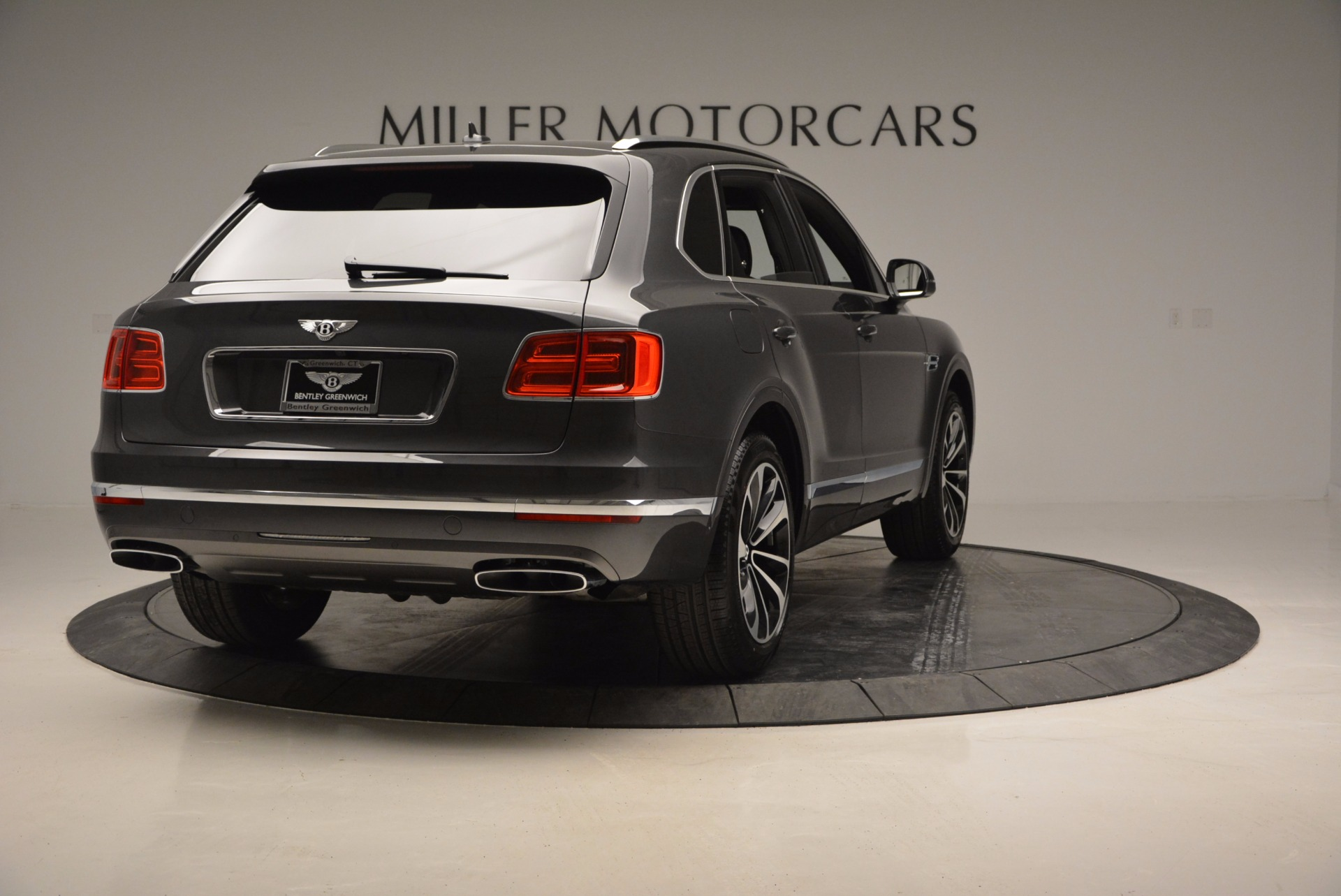 New 2017 Bentley Bentayga  For Sale In Greenwich, CT 755_p7
