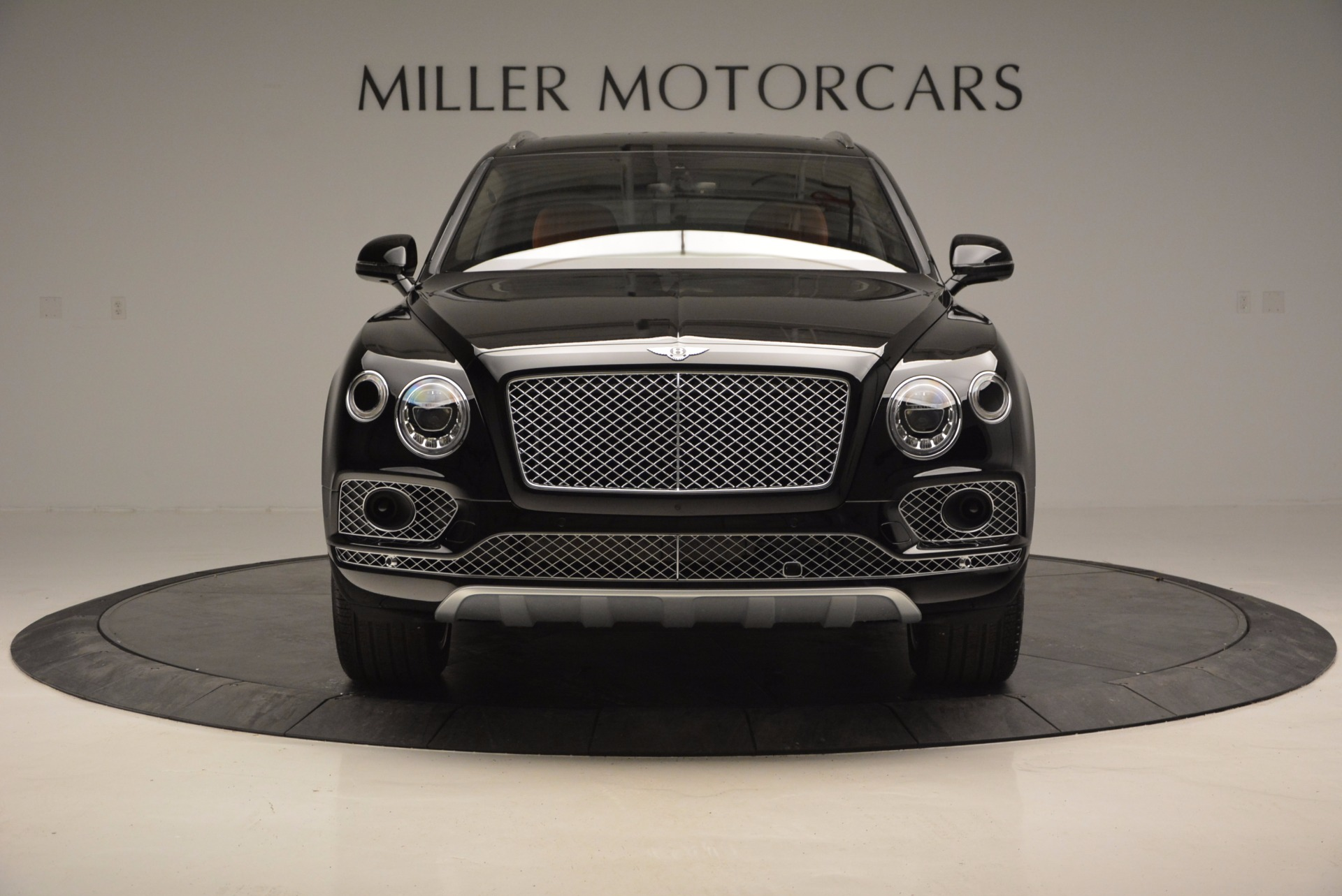 Used 2017 Bentley Bentayga  For Sale In Greenwich, CT 758_p12