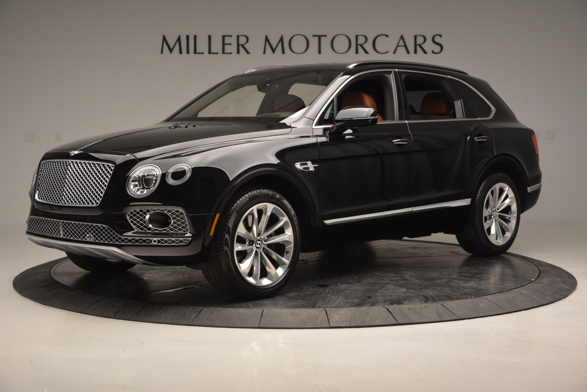 Used 2017 Bentley Bentayga  For Sale In Greenwich, CT 758_p2