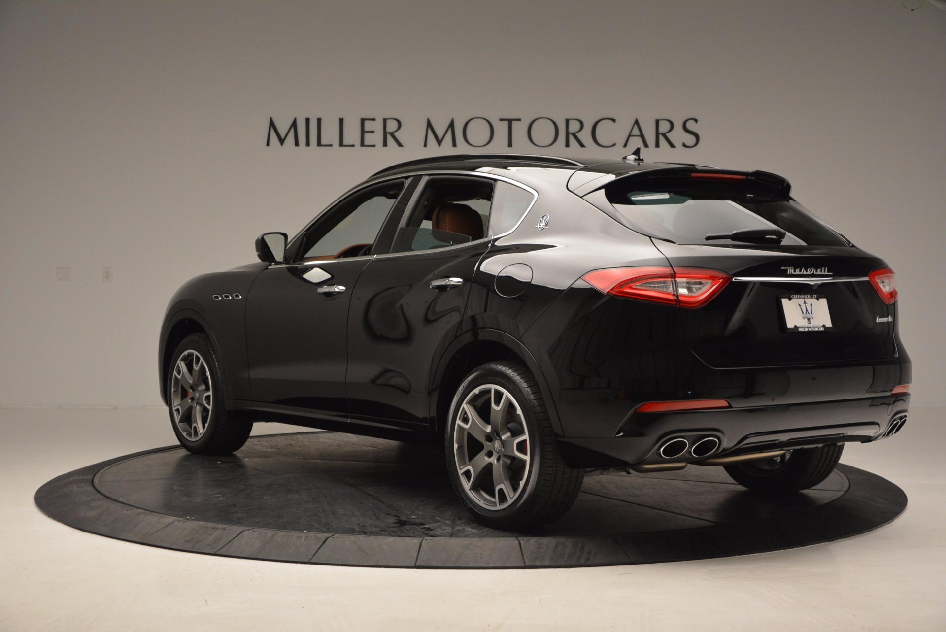 New 2017 Maserati Levante  For Sale In Greenwich, CT 760_p5