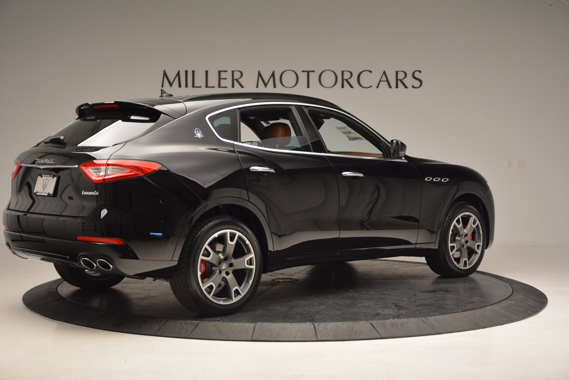 New 2017 Maserati Levante  For Sale In Greenwich, CT 760_p8