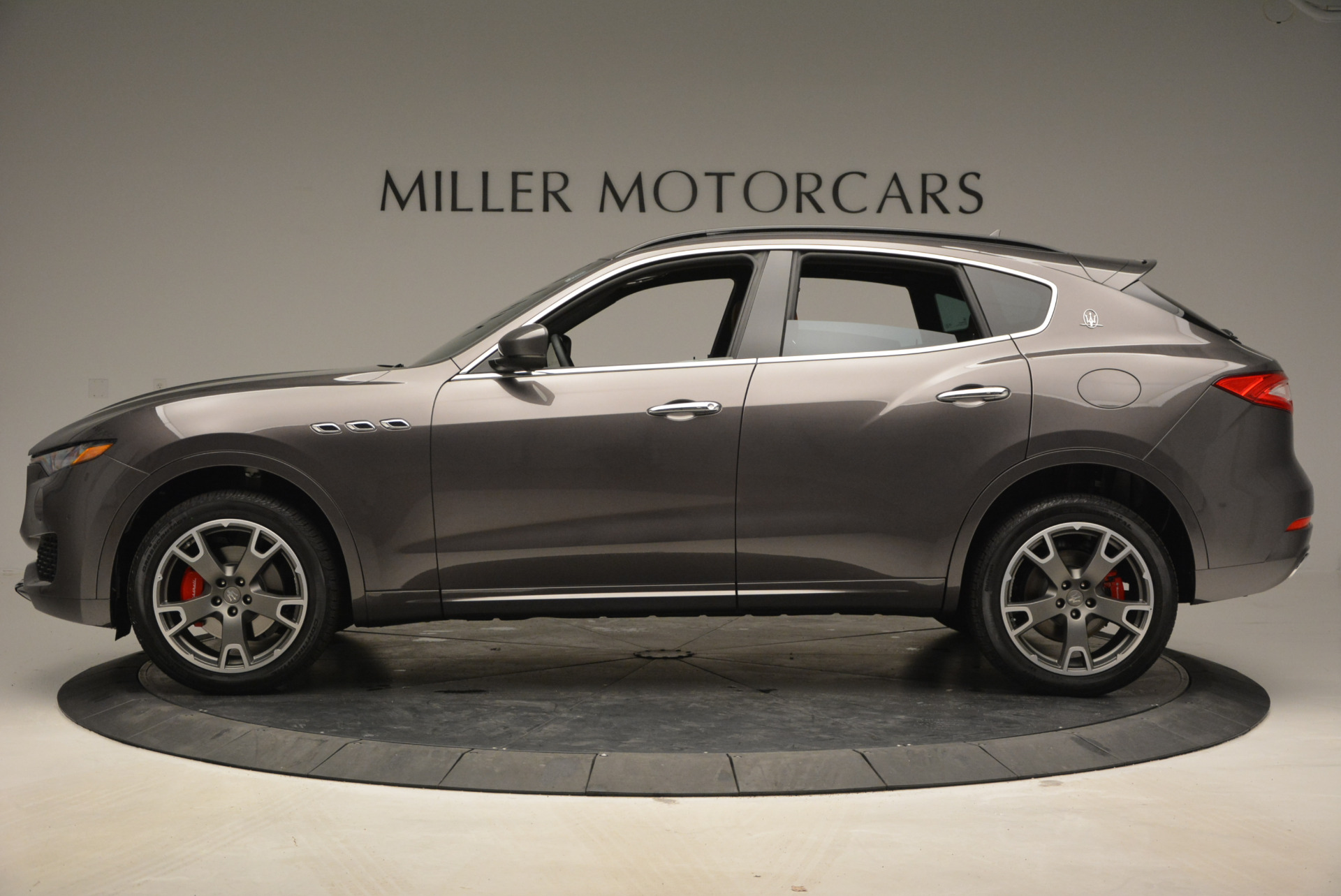 New 2017 Maserati Levante  For Sale In Greenwich, CT 765_p3