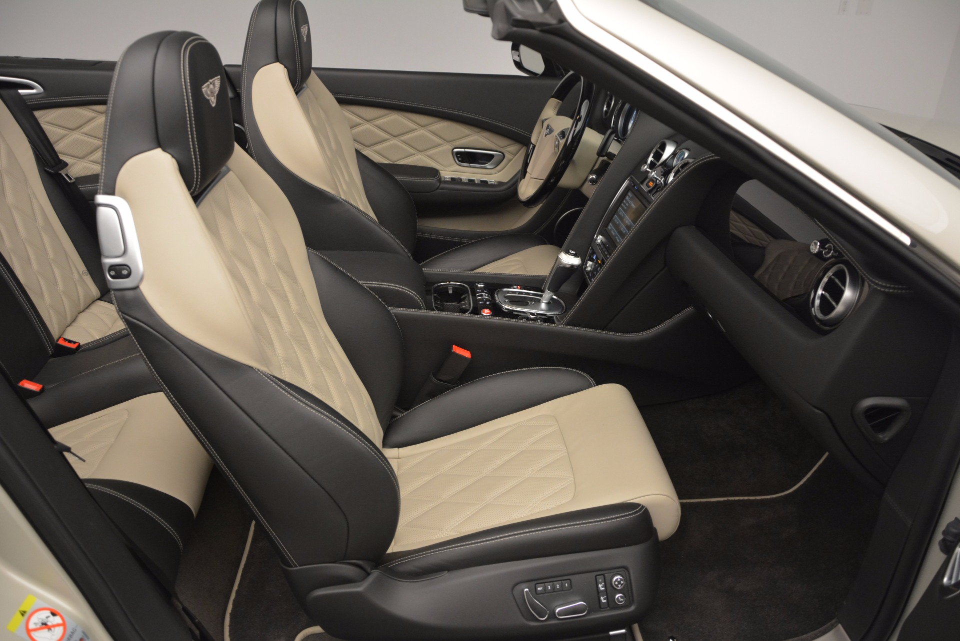 Used 2014 Bentley Continental GT V8 S For Sale In Greenwich, CT 774_p49