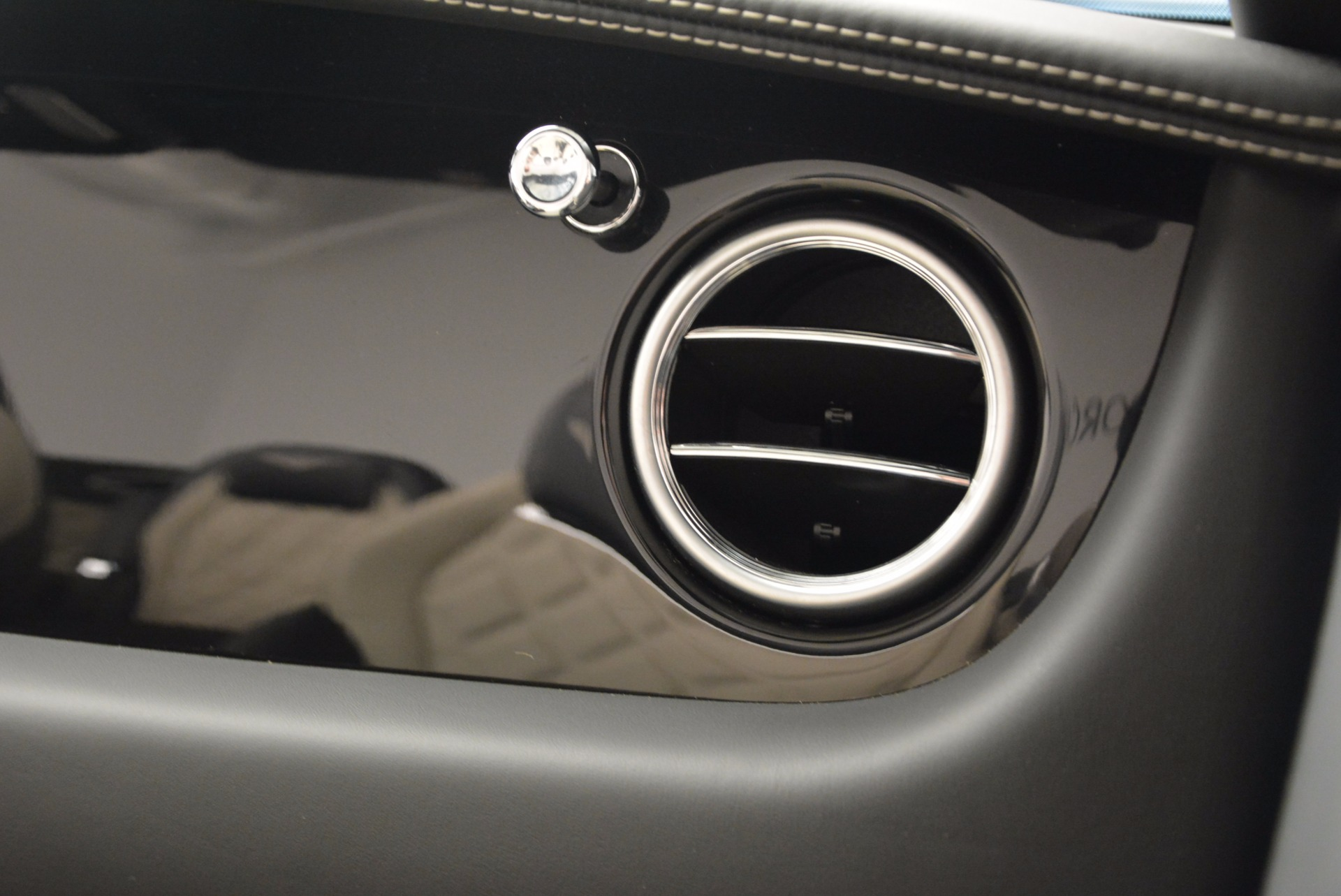 Used 2014 Bentley Continental GT V8 S For Sale In Greenwich, CT 774_p58