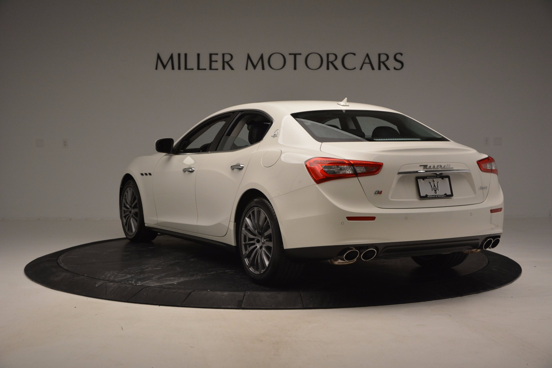 Used 2017 Maserati Ghibli S Q4 Ex-Loaner For Sale In Greenwich, CT 783_p5