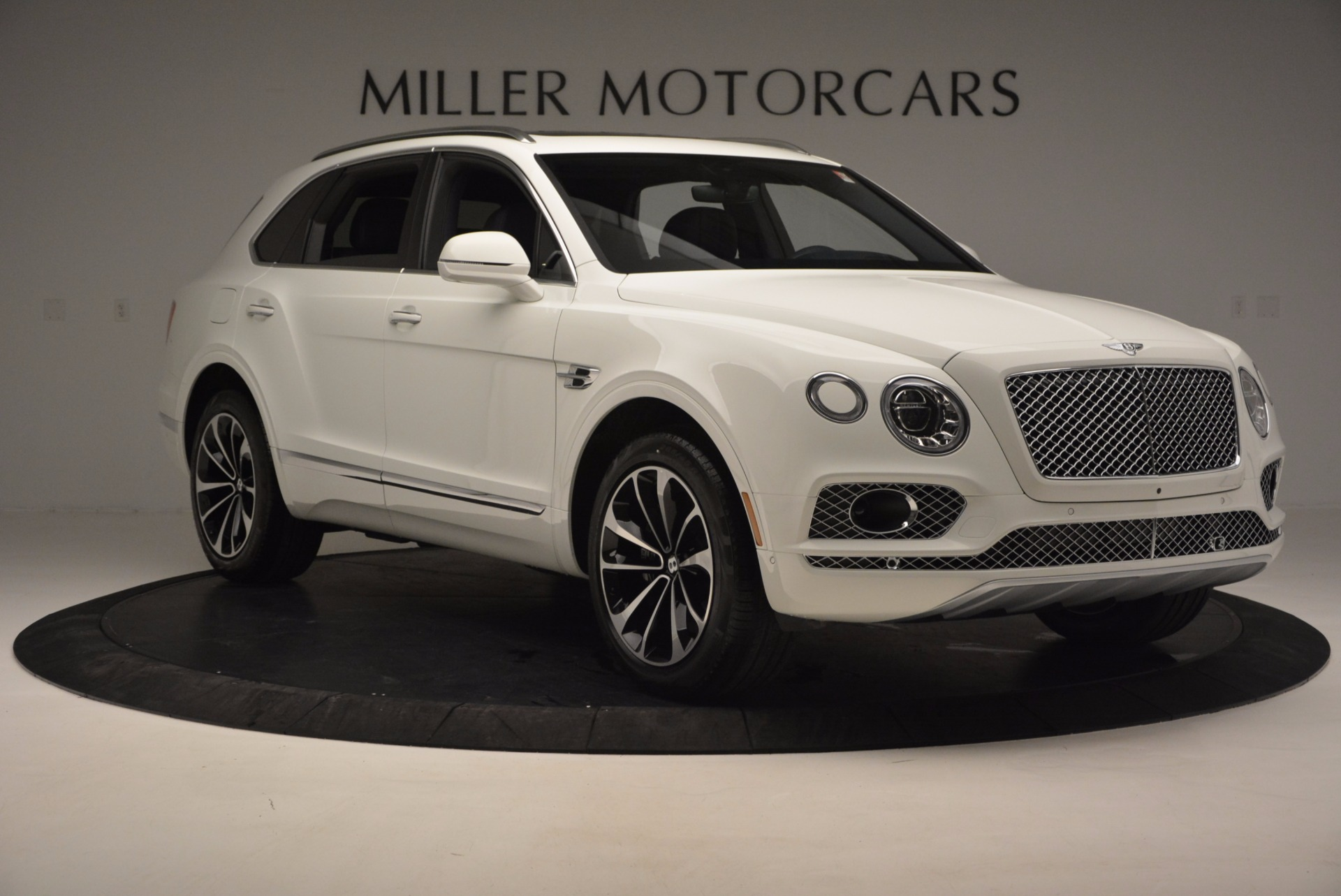 New 2017 Bentley Bentayga  For Sale In Greenwich, CT 794_p11