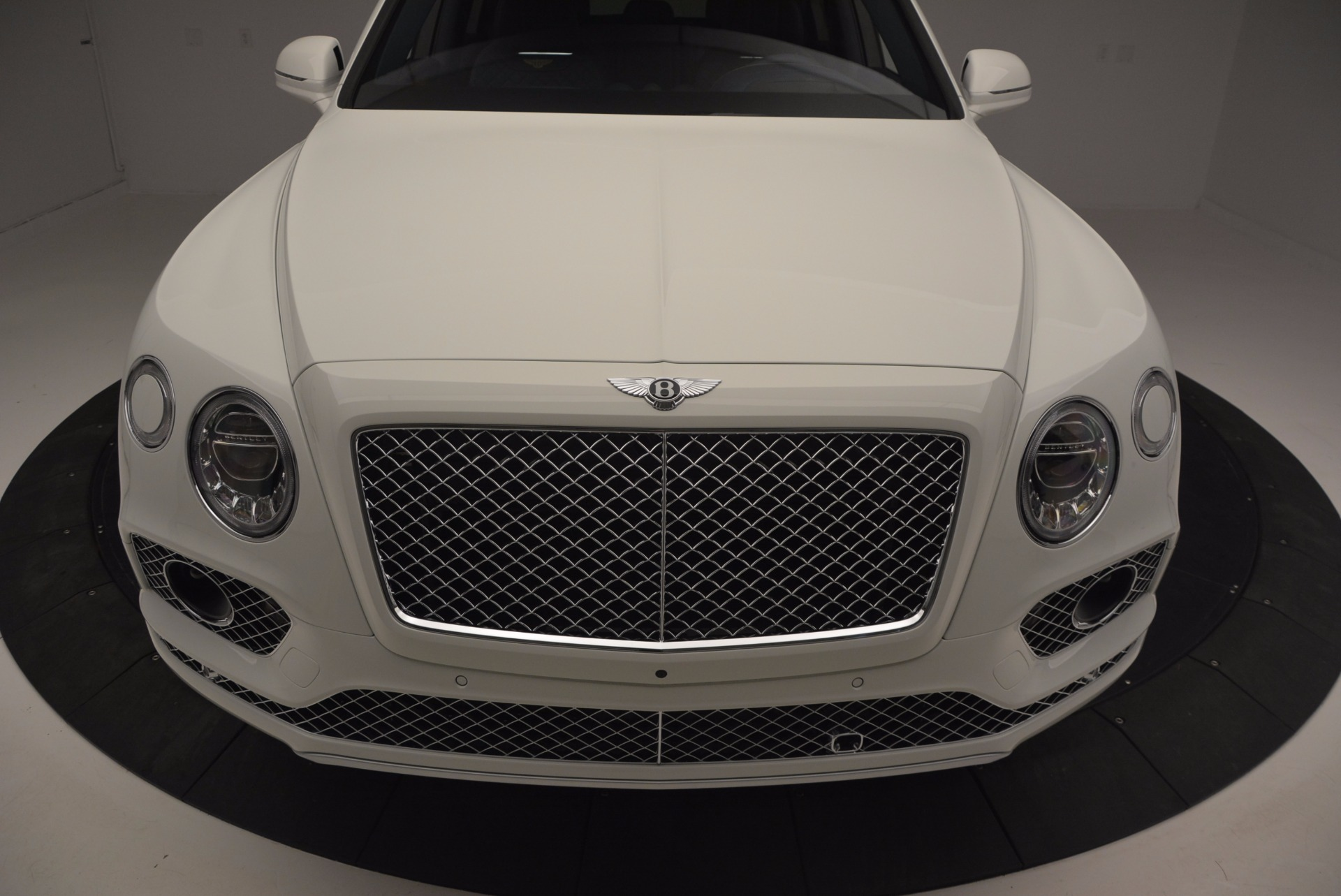New 2017 Bentley Bentayga  For Sale In Greenwich, CT 794_p13
