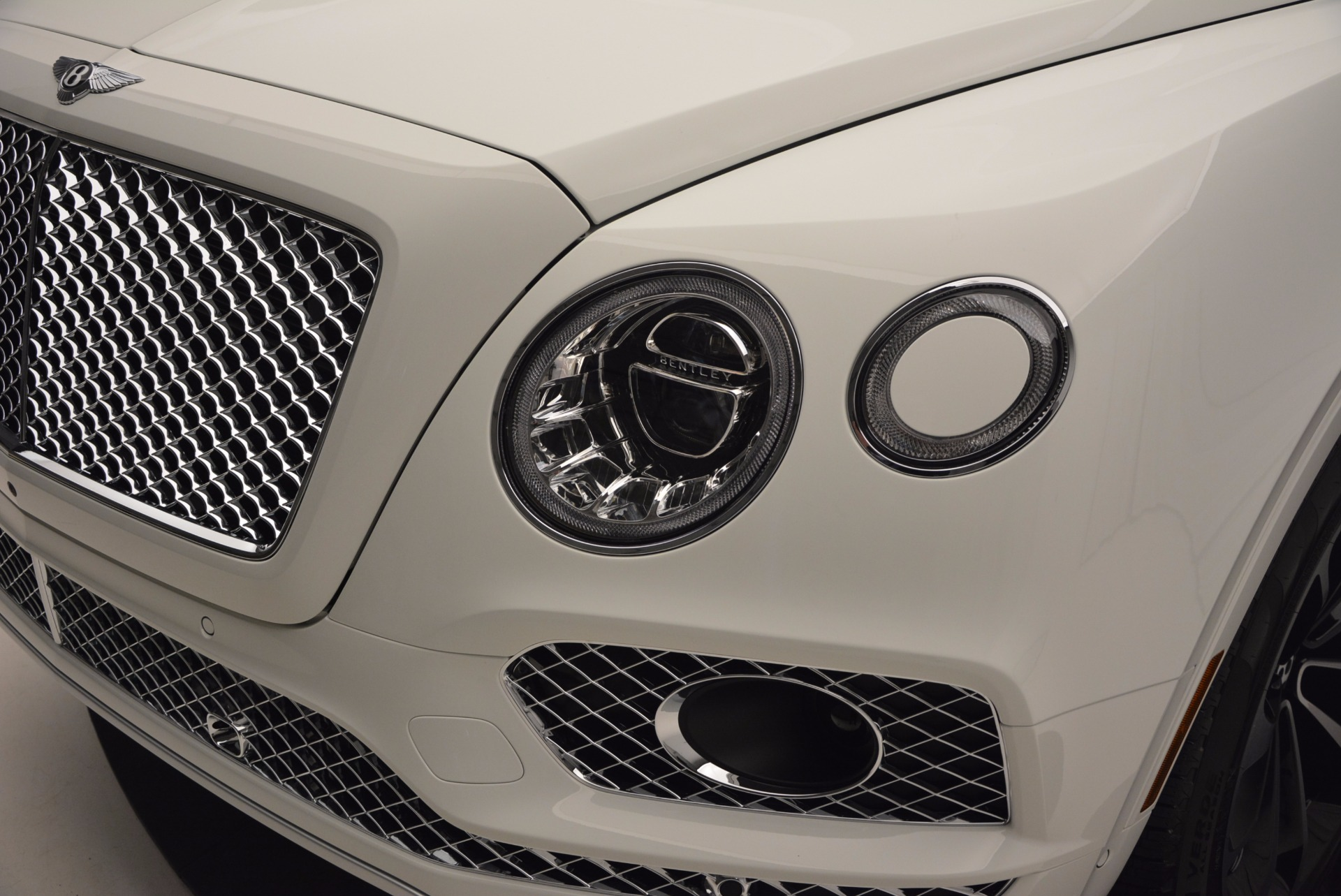 New 2017 Bentley Bentayga  For Sale In Greenwich, CT 794_p14