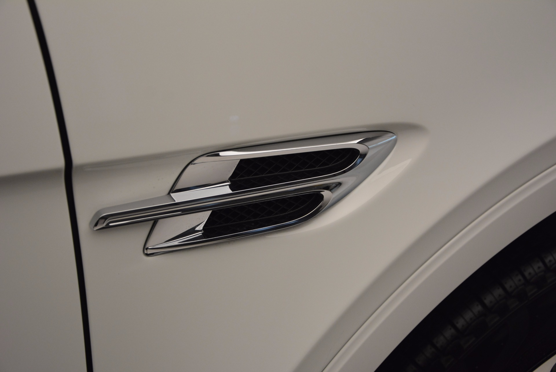 New 2017 Bentley Bentayga  For Sale In Greenwich, CT 794_p22