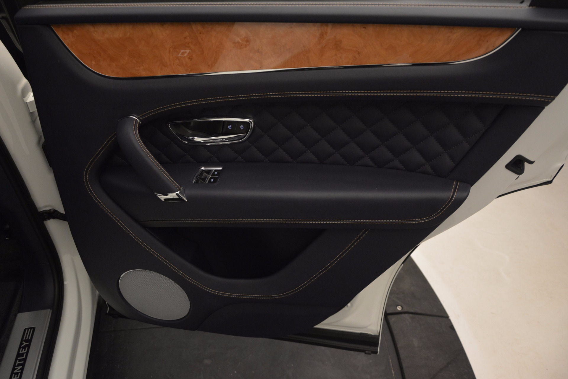 New 2017 Bentley Bentayga  For Sale In Greenwich, CT 794_p42