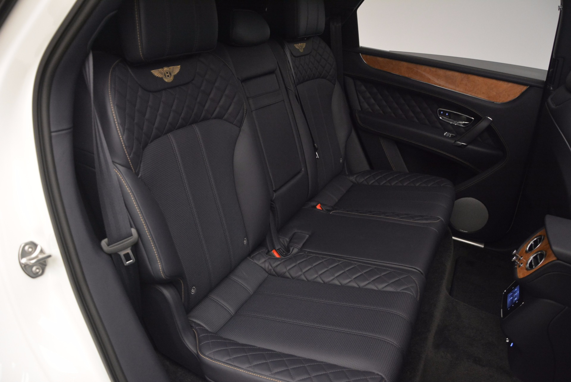New 2017 Bentley Bentayga  For Sale In Greenwich, CT 794_p43