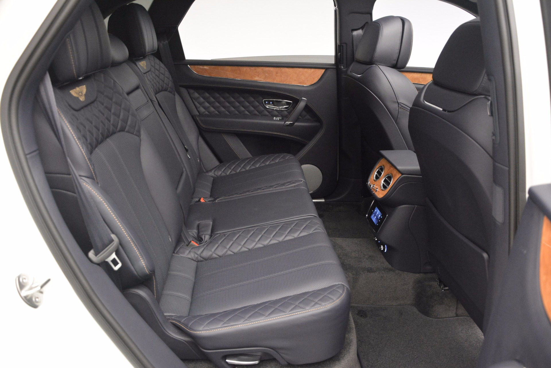 New 2017 Bentley Bentayga  For Sale In Greenwich, CT 794_p44