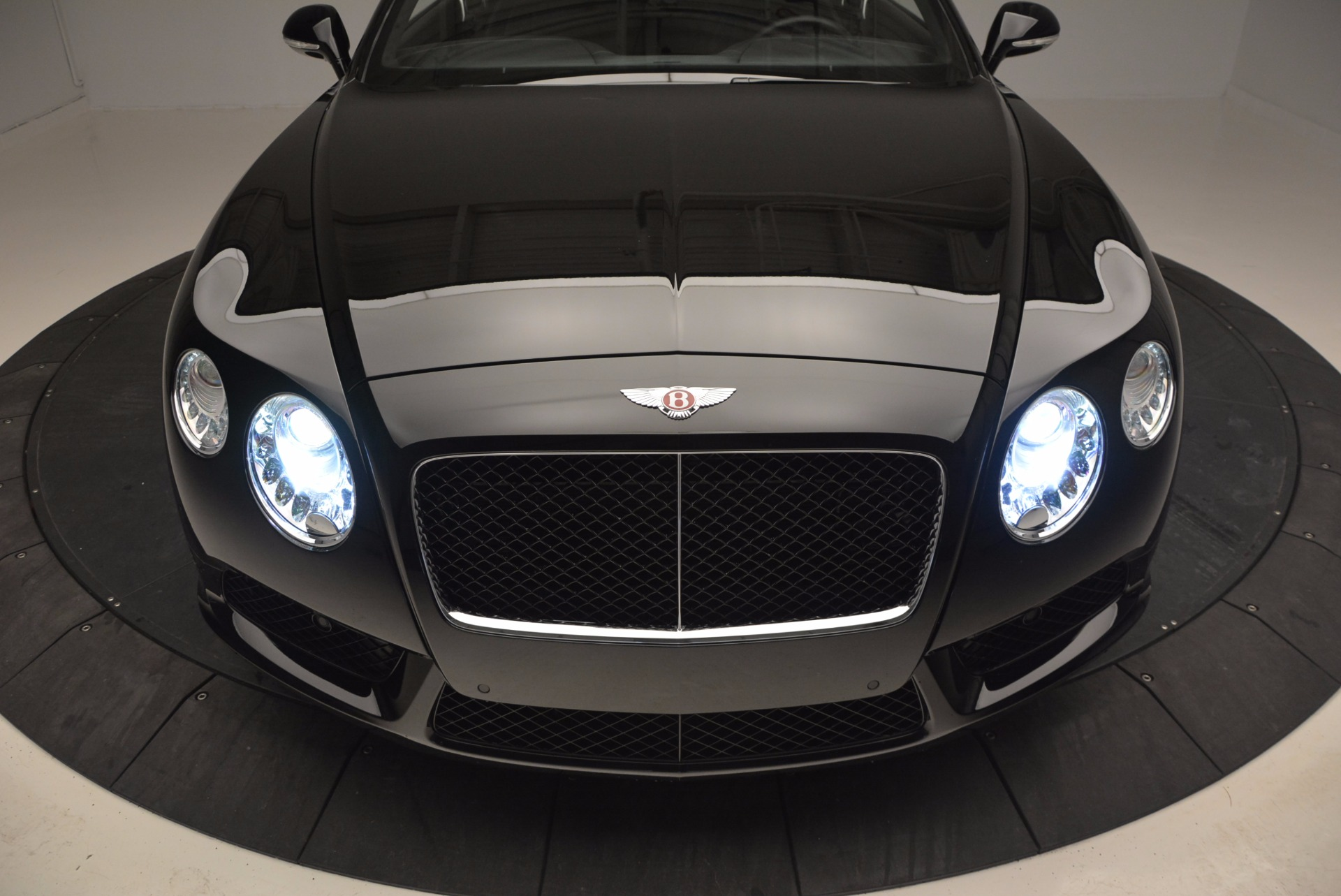 Used 2013 Bentley Continental GT V8 For Sale In Greenwich, CT 797_p16