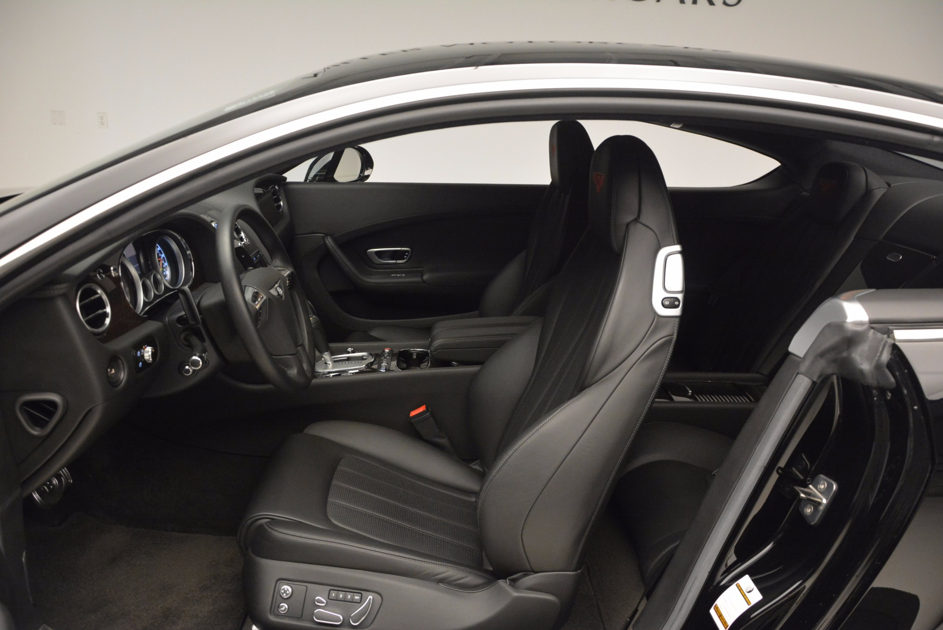 Used 2013 Bentley Continental GT V8 For Sale In Greenwich, CT 797_p27