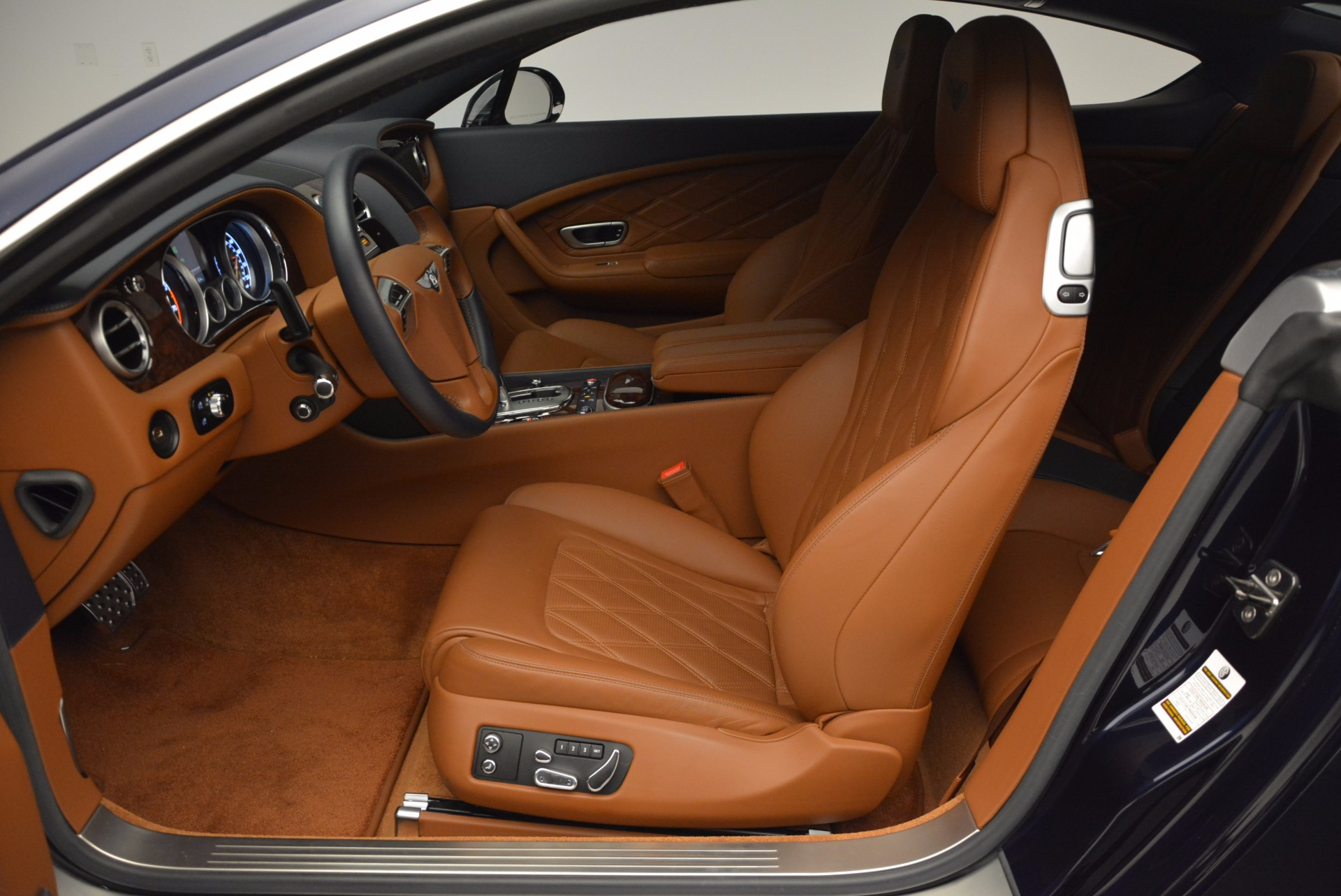 Used 2015 Bentley Continental GT V8 S For Sale In Greenwich, CT 798_p22