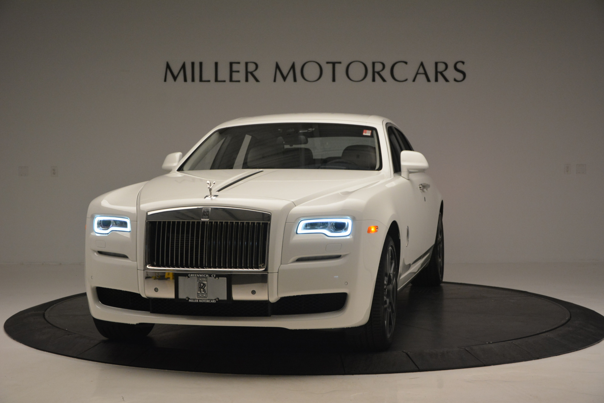 New 2017 Rolls-Royce Ghost  For Sale In Greenwich, CT 801_main