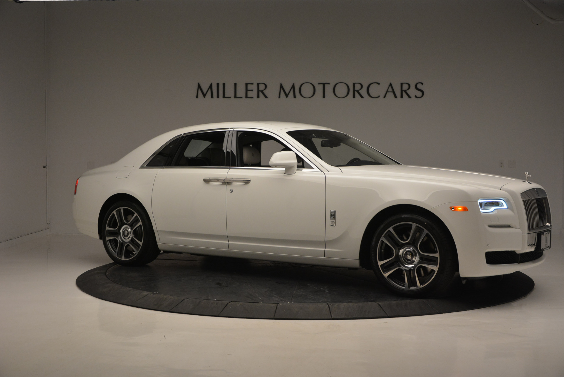 New 2017 Rolls-Royce Ghost  For Sale In Greenwich, CT 801_p10