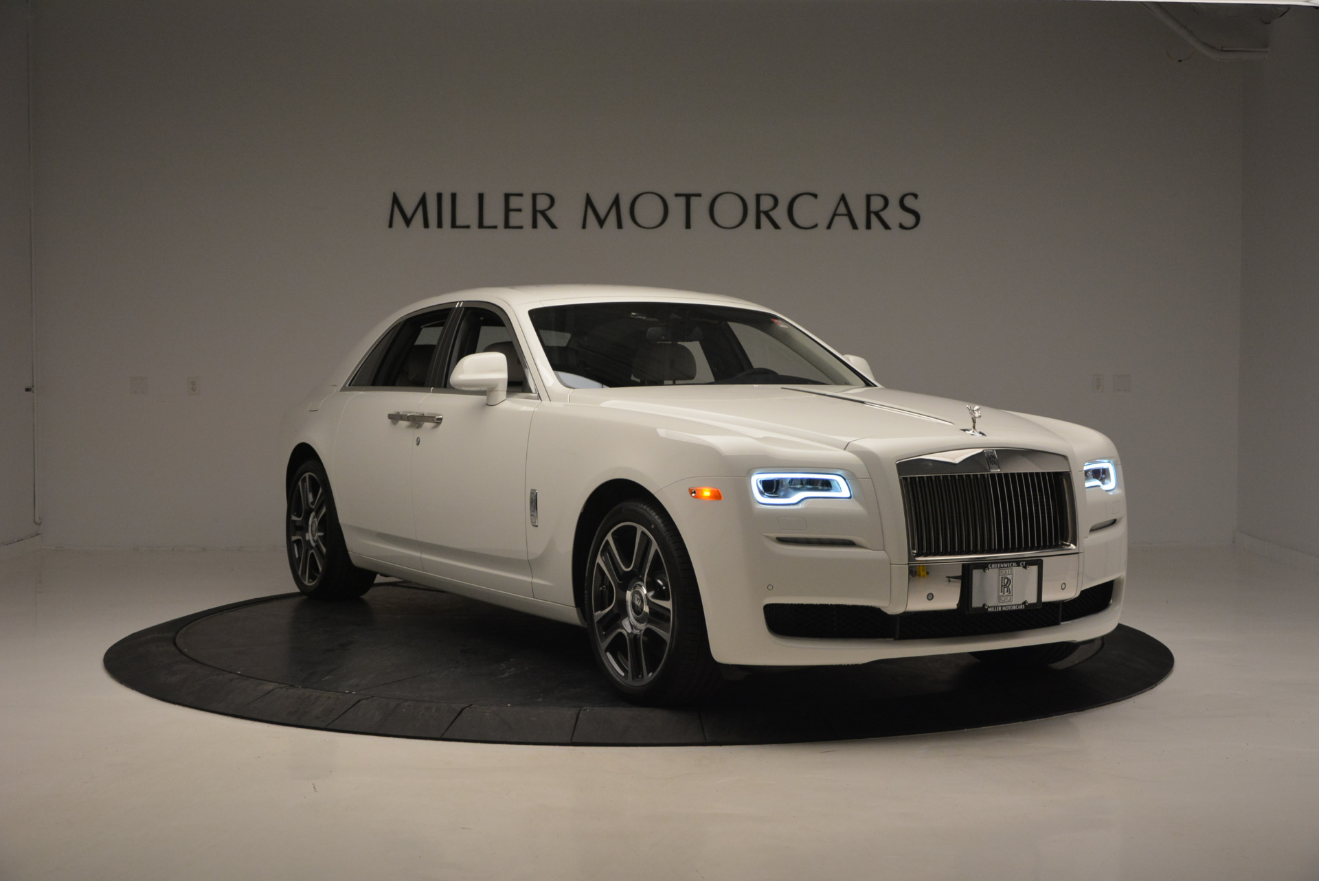 New 2017 Rolls-Royce Ghost  For Sale In Greenwich, CT 801_p11