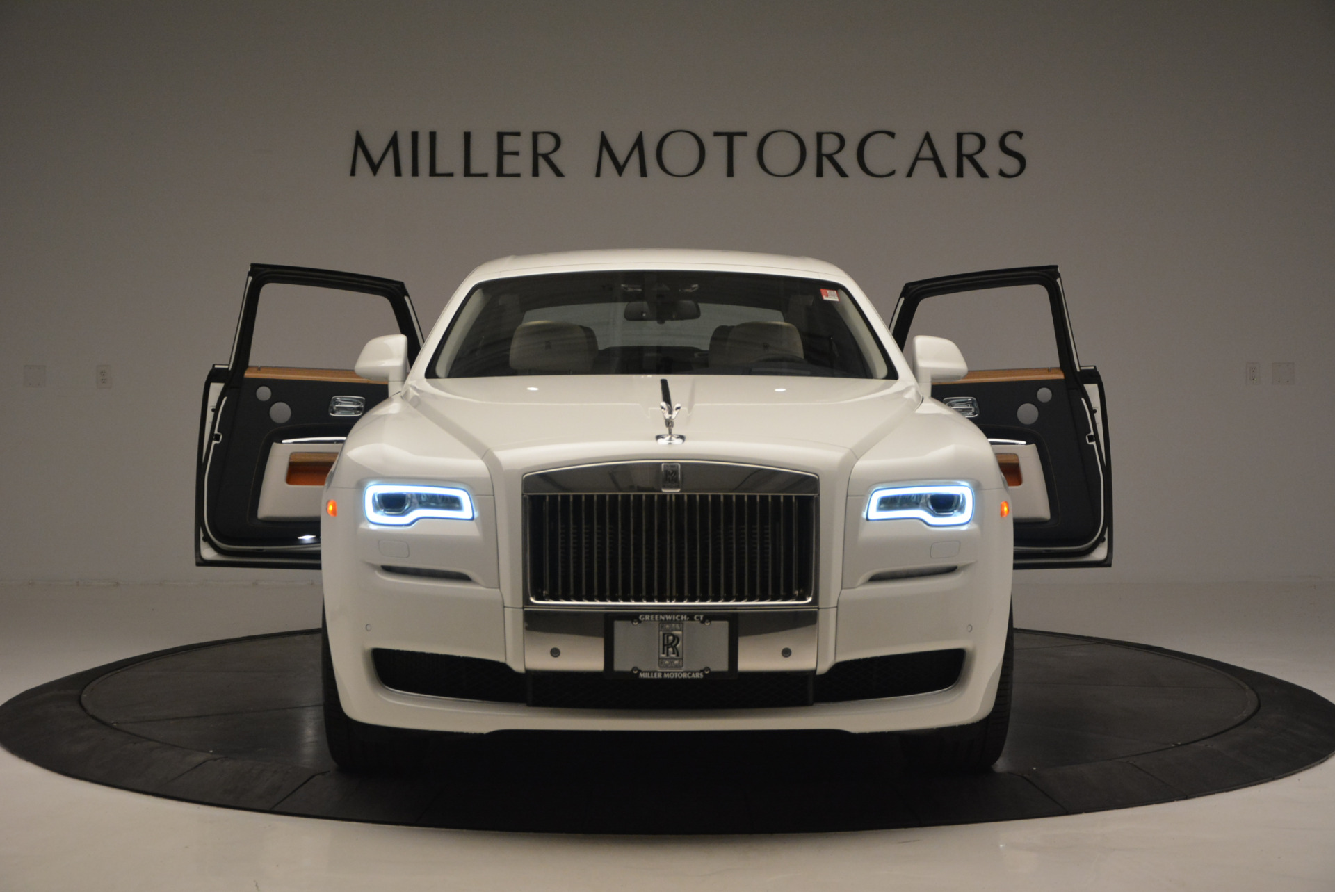 New 2017 Rolls-Royce Ghost  For Sale In Greenwich, CT 801_p13