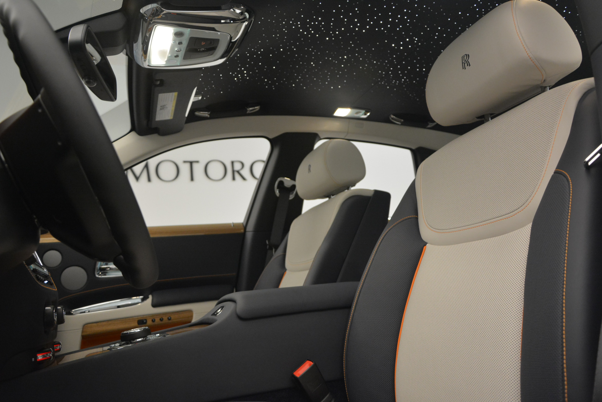 New 2017 Rolls-Royce Ghost  For Sale In Greenwich, CT 801_p18
