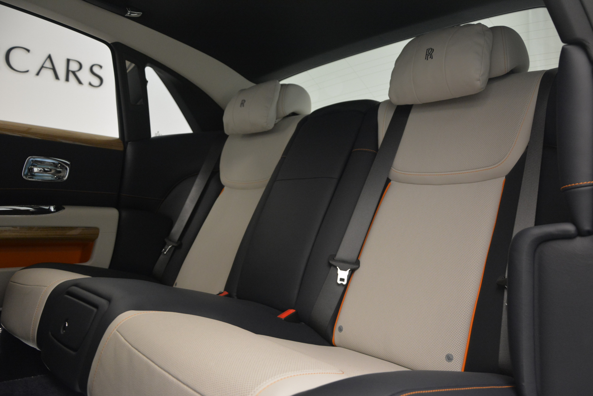 New 2017 Rolls-Royce Ghost  For Sale In Greenwich, CT 801_p25