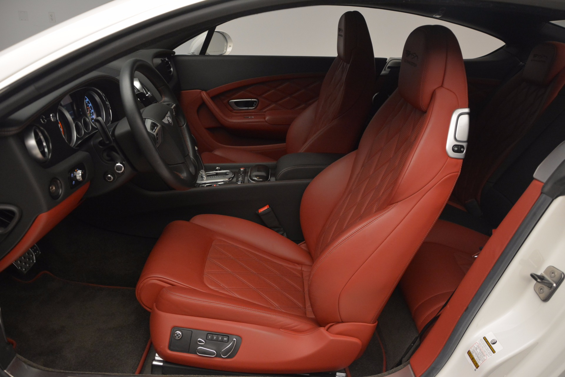 Used 2013 Bentley Continental GT V8 For Sale In Greenwich, CT 802_p26