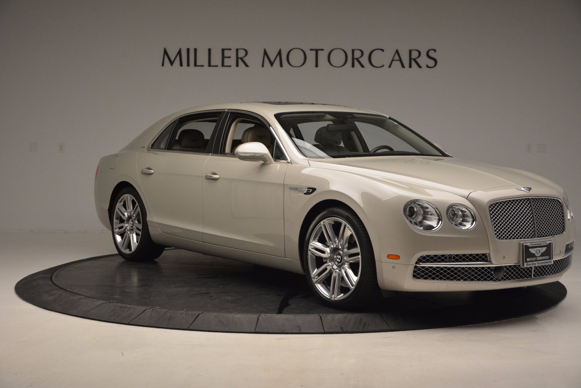 Used 2016 Bentley Flying Spur W12  For Sale In Greenwich, CT 804_p12