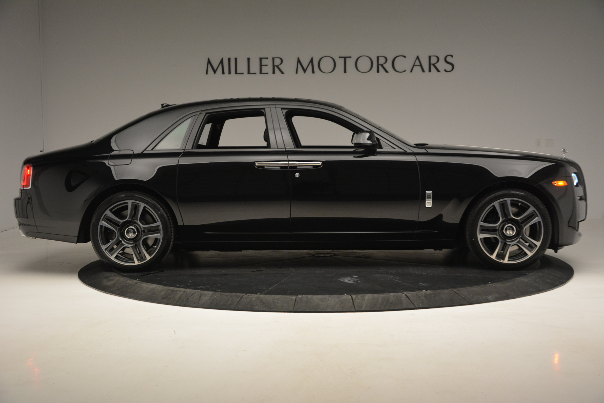 New 2017 Rolls-Royce Ghost  For Sale In Greenwich, CT 808_p10