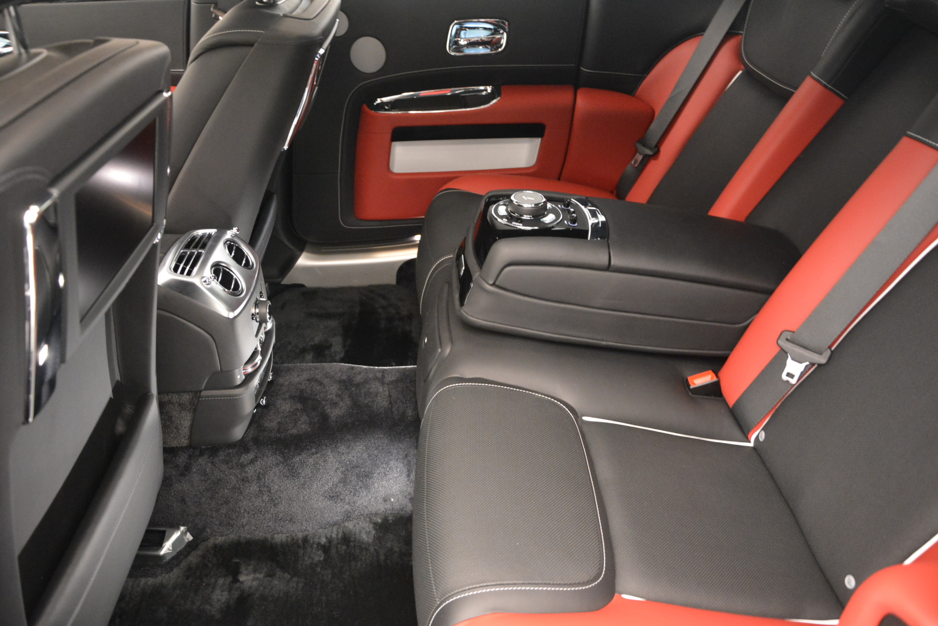 New 2017 Rolls-Royce Ghost  For Sale In Greenwich, CT 808_p29
