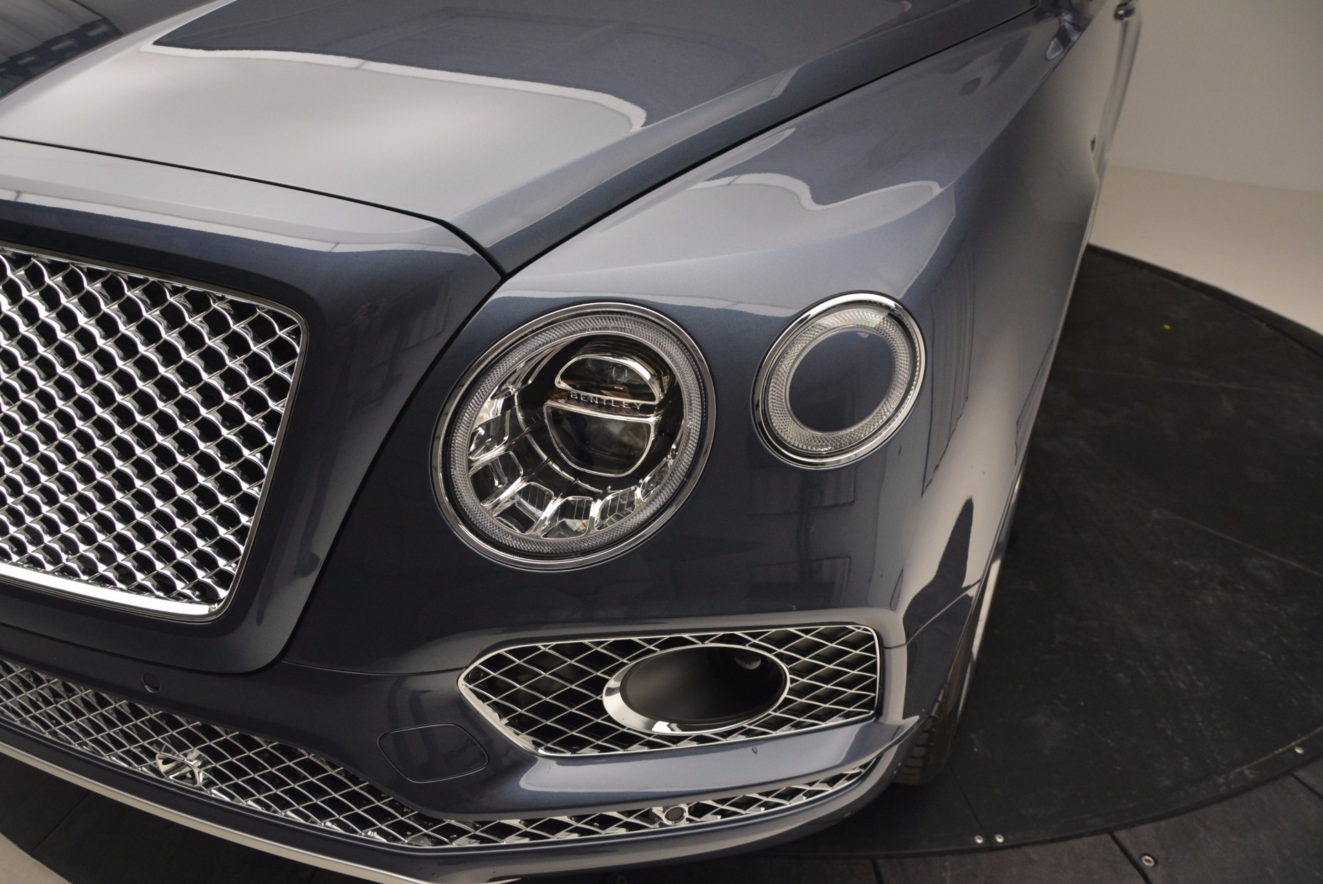 New 2017 Bentley Bentayga  For Sale In Greenwich, CT 810_p14