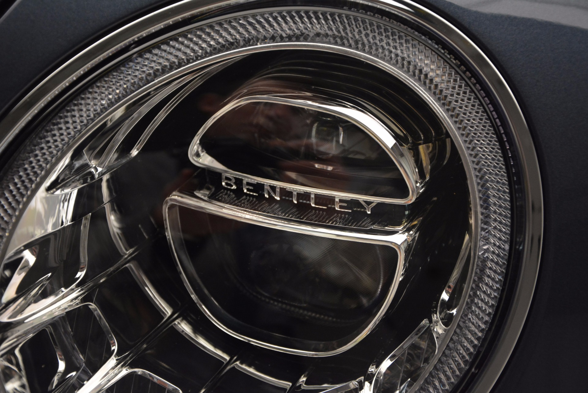 New 2017 Bentley Bentayga  For Sale In Greenwich, CT 810_p15