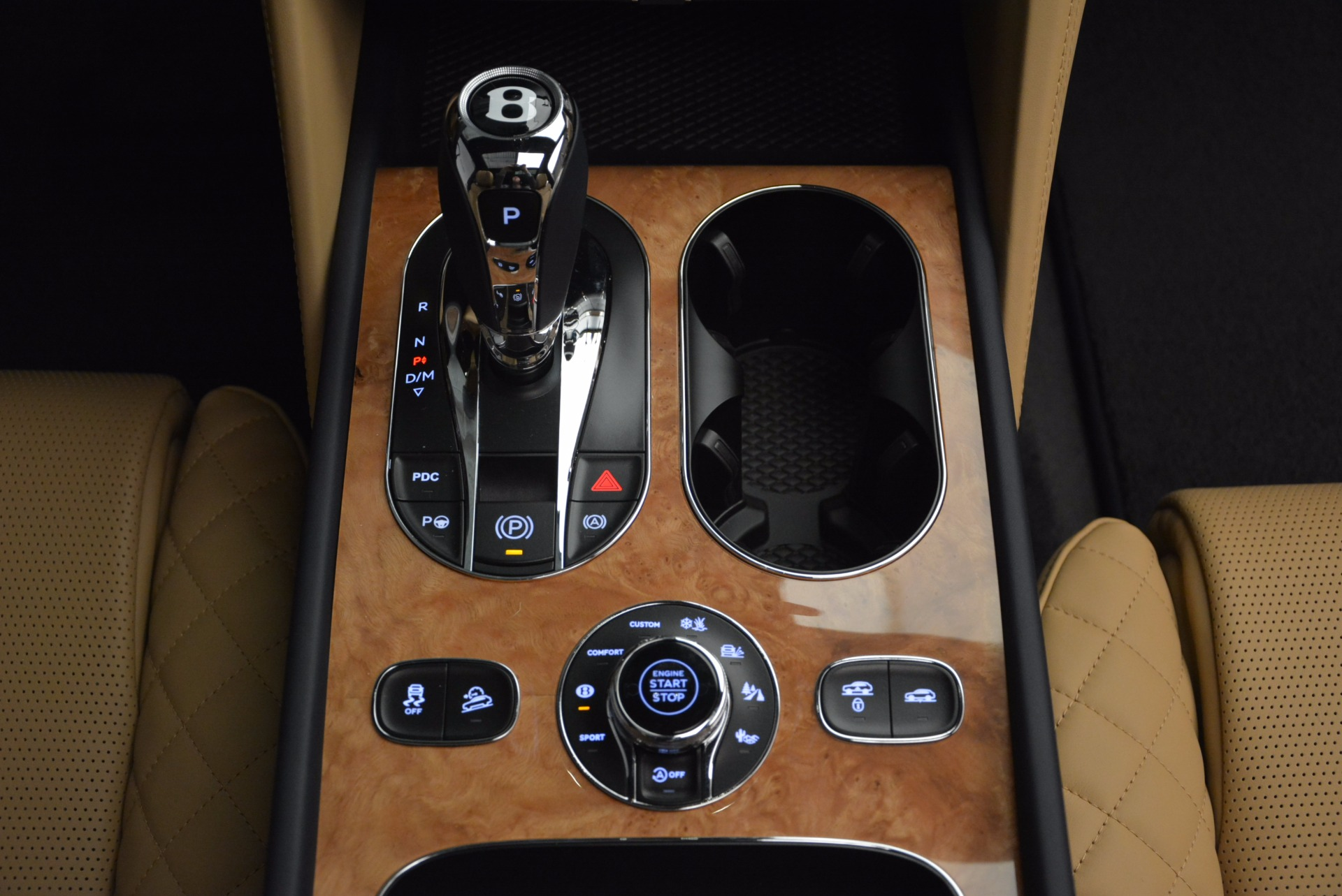 New 2017 Bentley Bentayga  For Sale In Greenwich, CT 810_p46