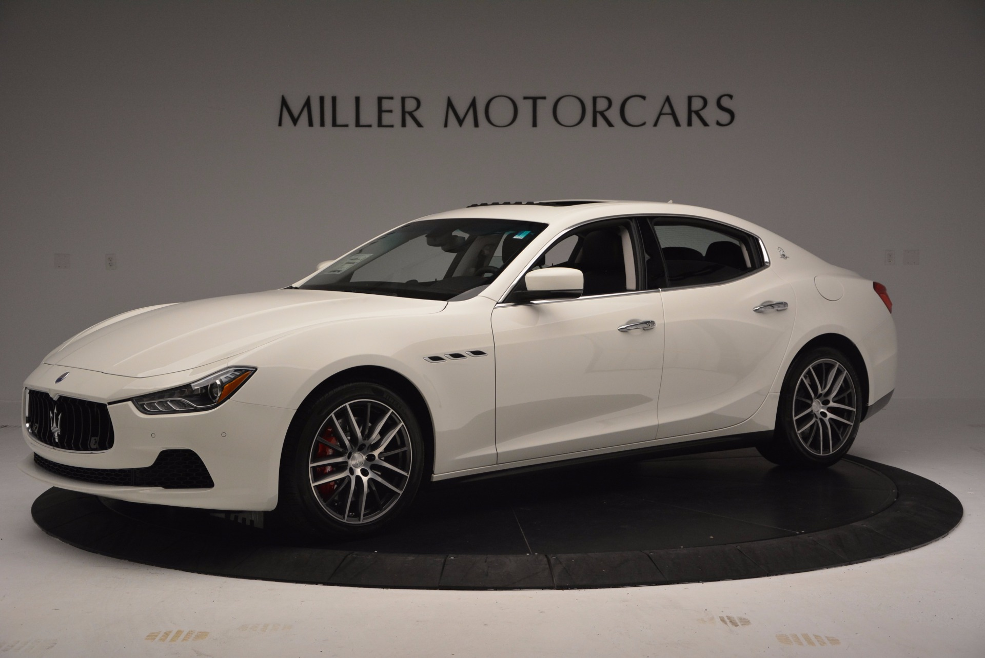 Used 2017 Maserati Ghibli S Q4 For Sale In Greenwich, CT 813_p3