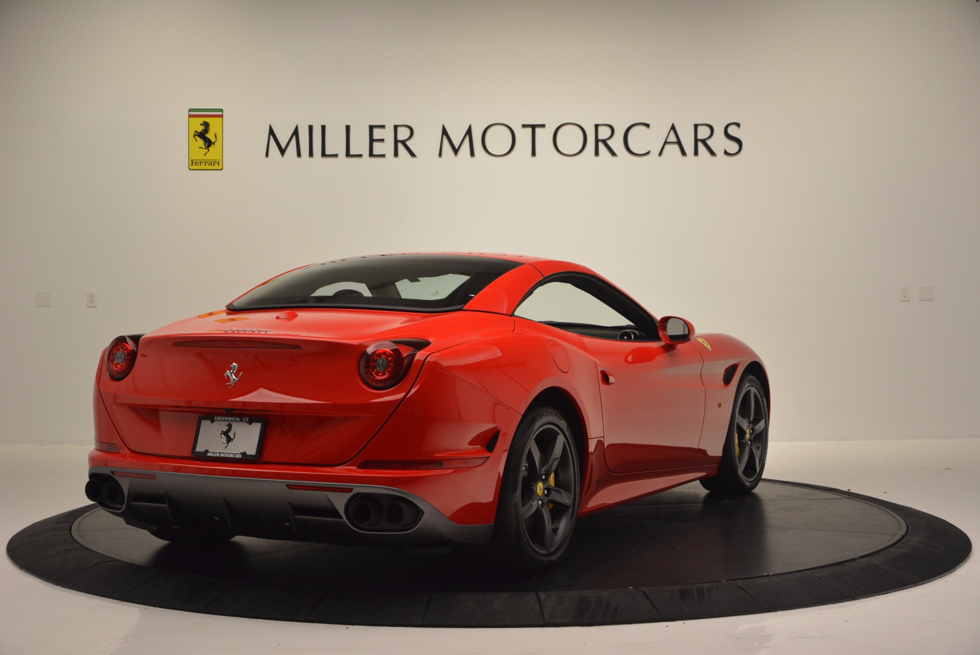 Used 2016 Ferrari California T Handling Speciale For Sale In Greenwich, CT 818_p19