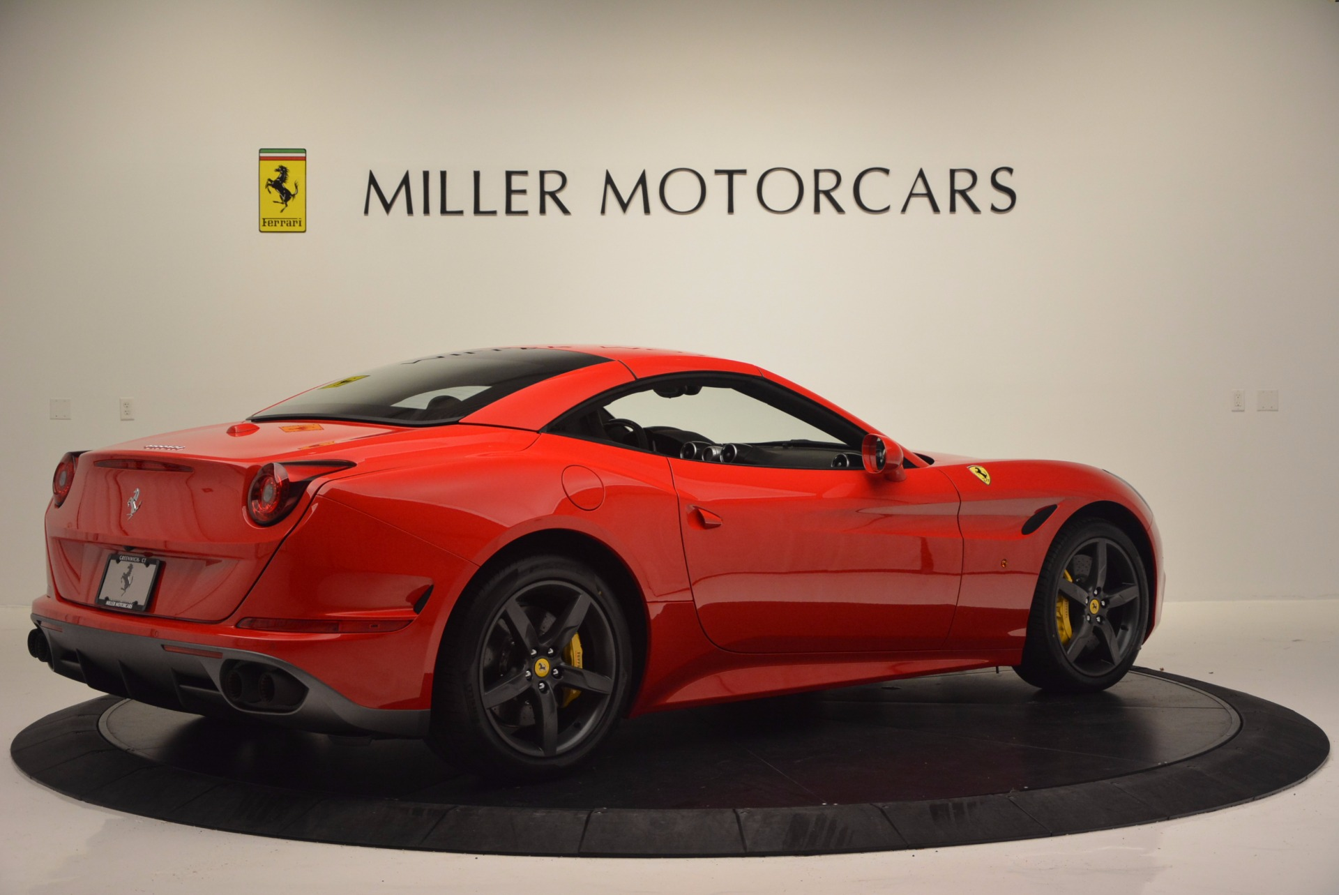 Used 2016 Ferrari California T Handling Speciale For Sale In Greenwich, CT 818_p20