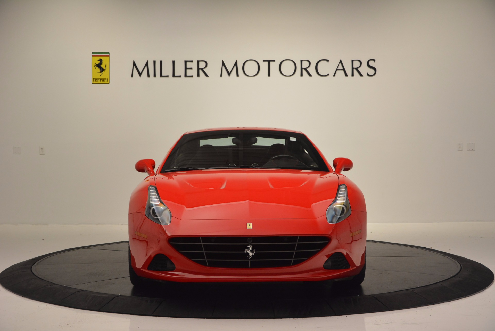Used 2016 Ferrari California T Handling Speciale For Sale In Greenwich, CT 818_p24