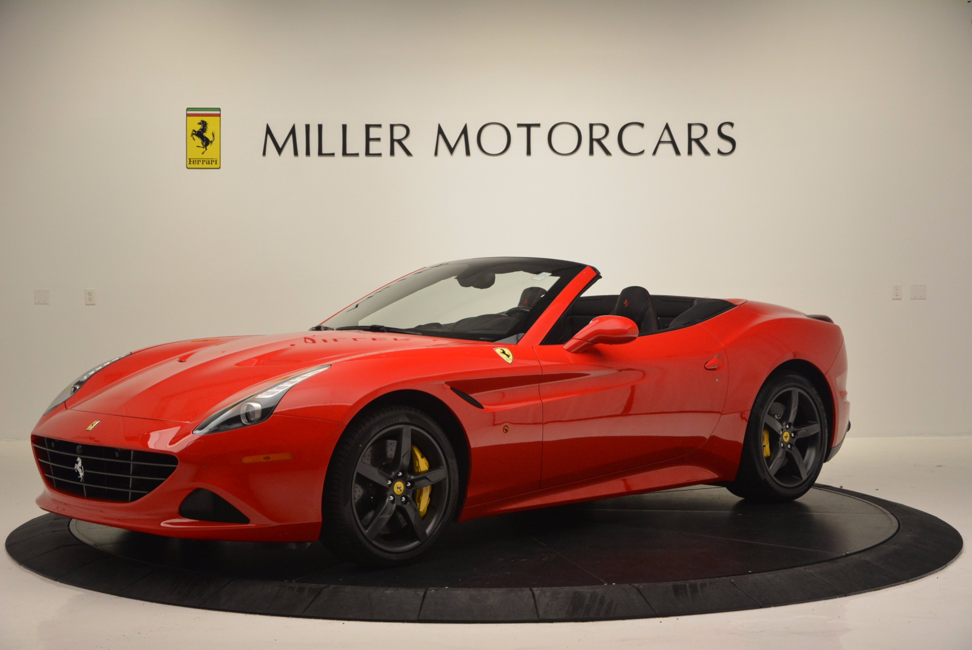 Used 2016 Ferrari California T Handling Speciale For Sale In Greenwich, CT 818_p2