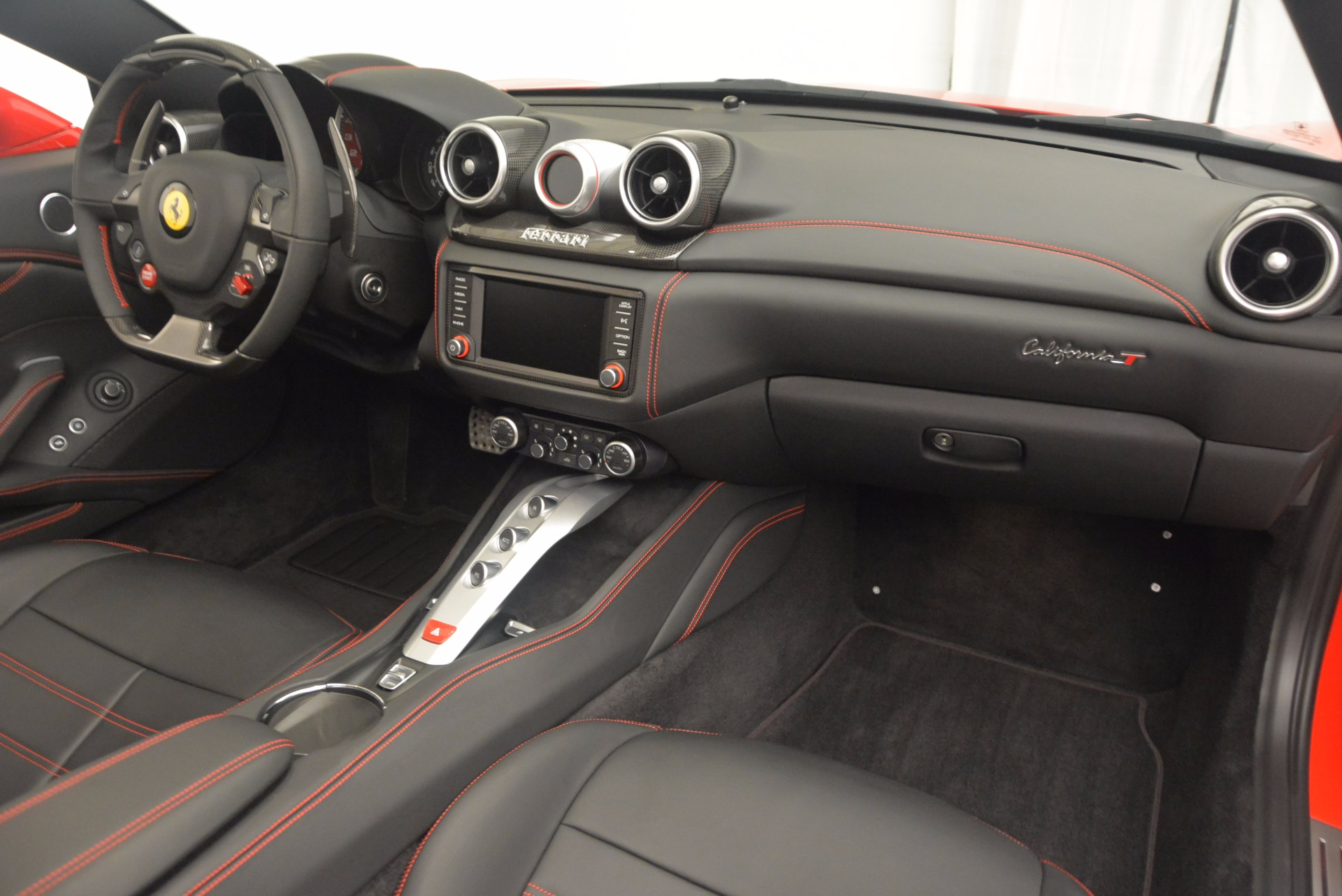 Used 2016 Ferrari California T Handling Speciale For Sale In Greenwich, CT 818_p30