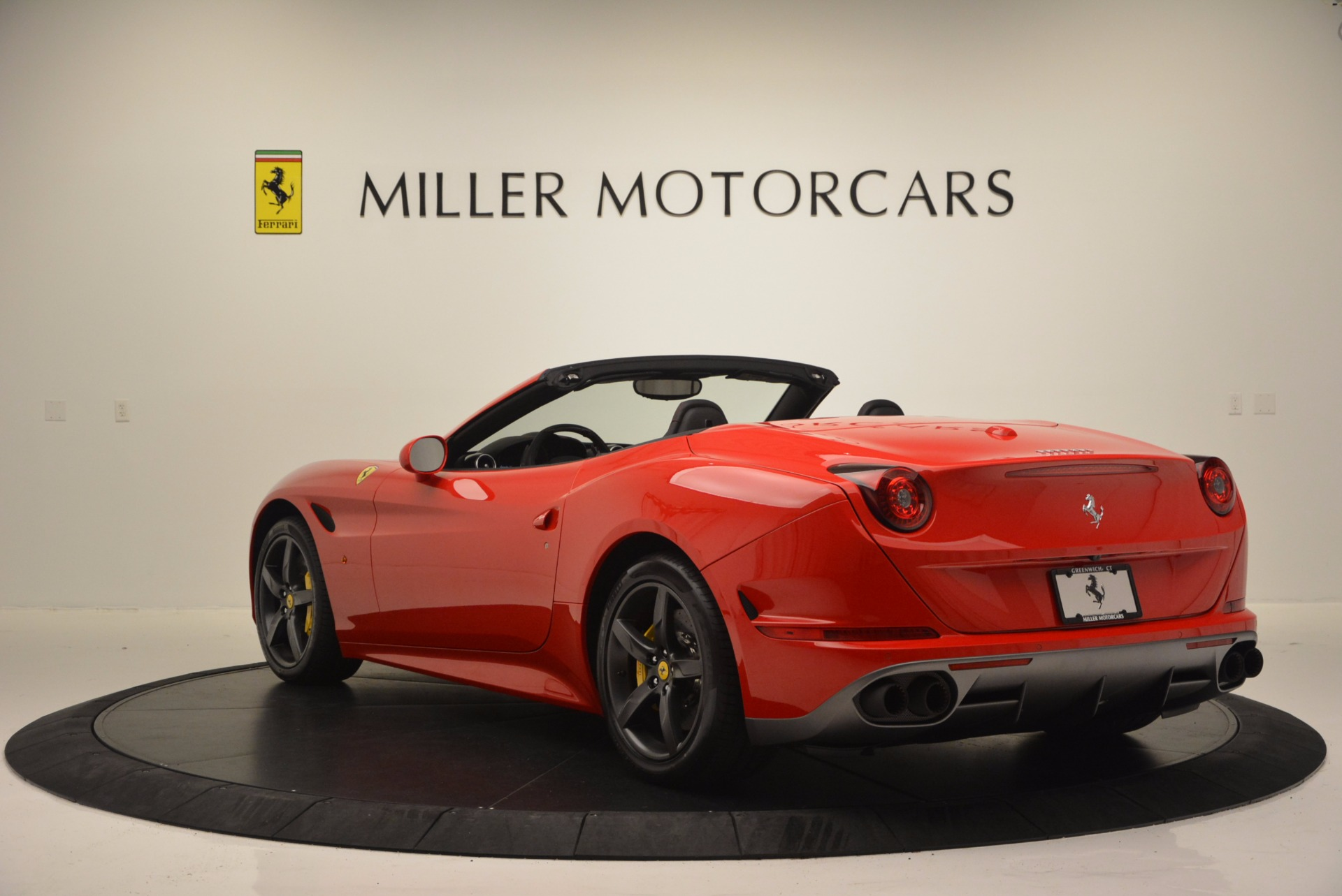 Used 2016 Ferrari California T Handling Speciale For Sale In Greenwich, CT 818_p5