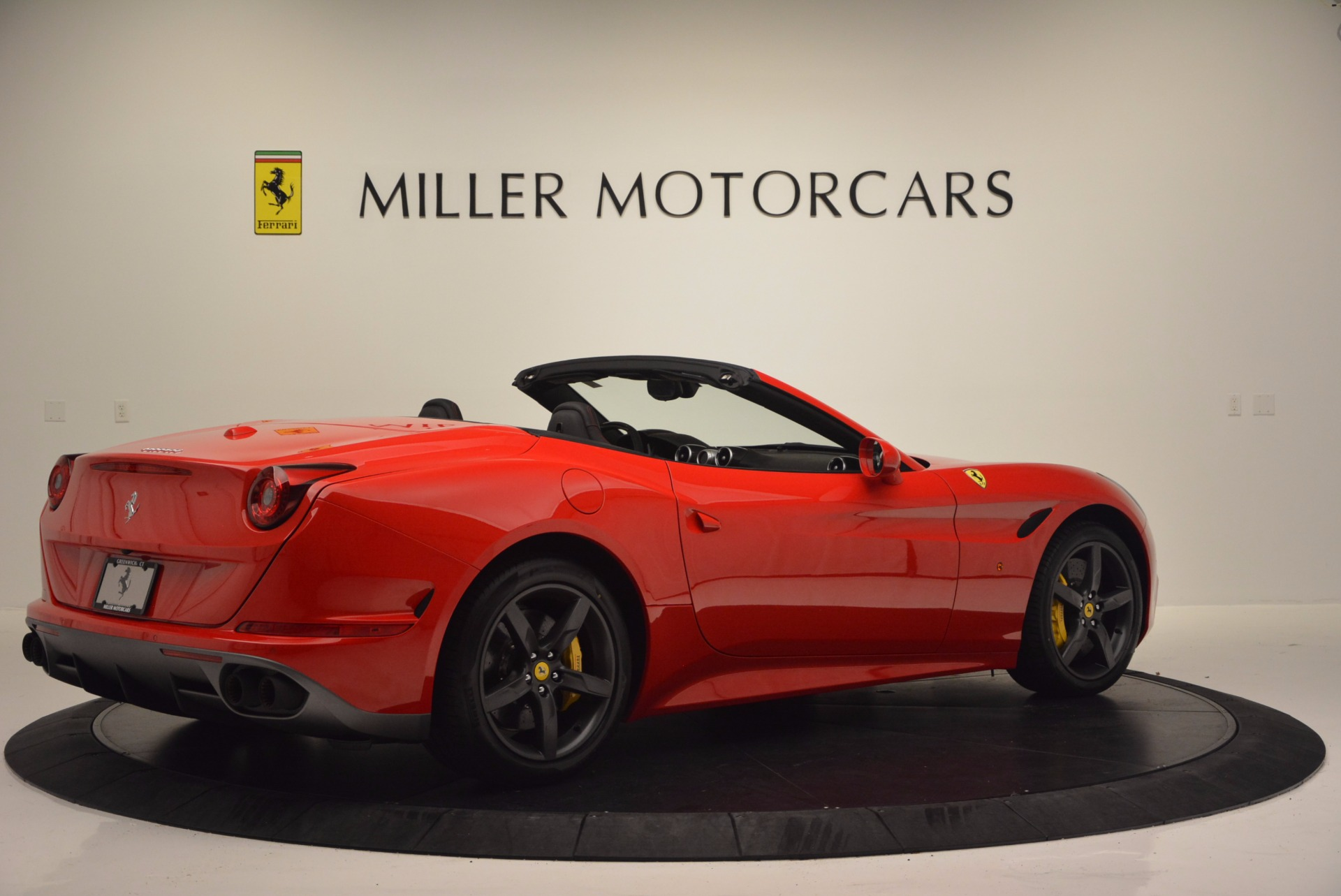 Used 2016 Ferrari California T Handling Speciale For Sale In Greenwich, CT 818_p8