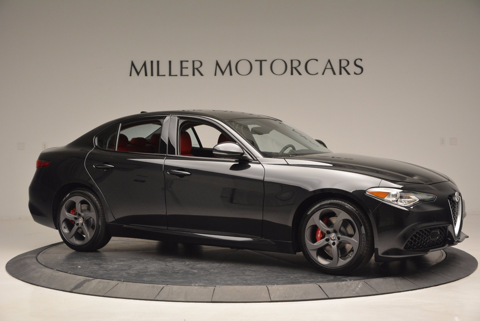 New 2017 Alfa Romeo Giulia Q4 For Sale In Greenwich, CT 825_p10